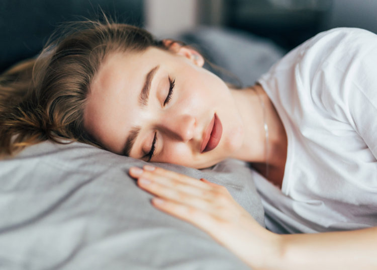 Enjuagarlas correctamente te hará dormir como un bebé