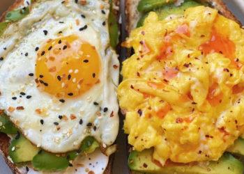 Desayunos con huevo que son saludables y te mantienen en forma