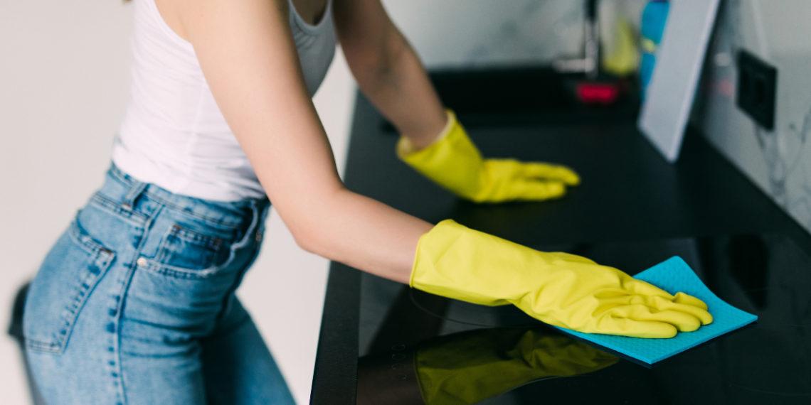 Descubre cómo limpiar la cocina a fondo con vinagre blanco
