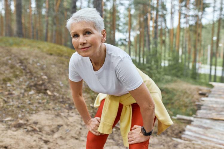 Caminar le hace bien a niños y adultos de todas las edades