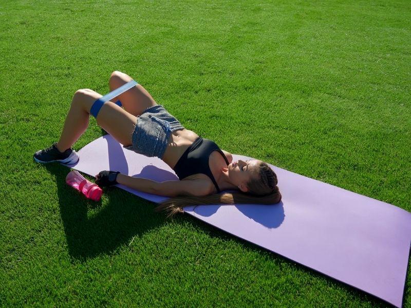 Todo lo que debes saber sobre el 'Hip Thrust': ¿qué es y cuáles son sus beneficios?