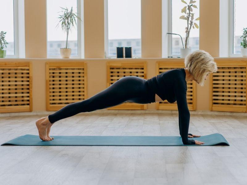 5 ejercicios que debes incluir para fortalecer pecho y parte superior del cuerpo