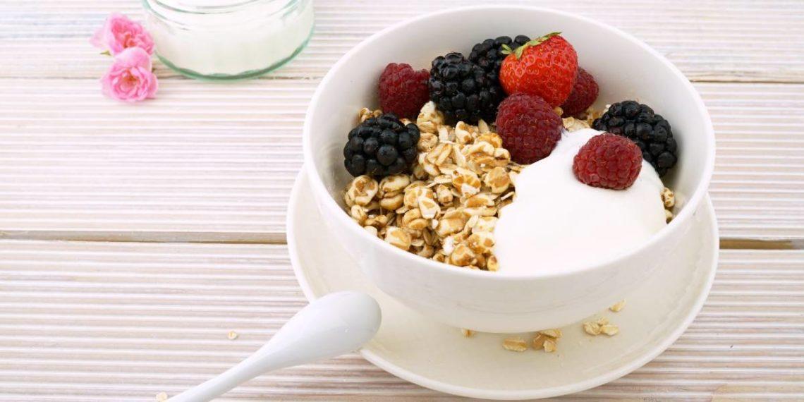 Estos tazones de yogurt harán tu desayuno más divertido